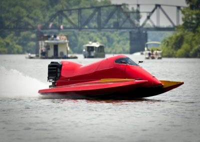Red Race Boat2