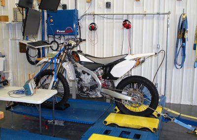 Yamaha 450 Dyno Testing with PE3