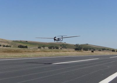 pe powered uav landing